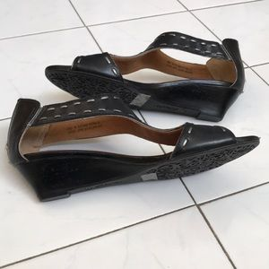 Clark's 7M Black and silver wedge sandals